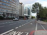 A3036 Albert Embankment - geograph.org.uk - 1013156.jpg