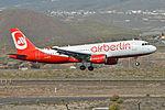 Airbus A320-214 D-ABFN Air Berlin (24514243529).jpg