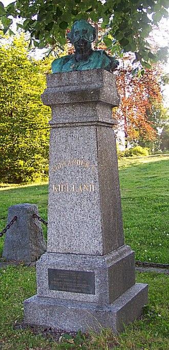 Alexander Kielland - Sculpture of Alexander Kielland in Reknes Park in Molde.