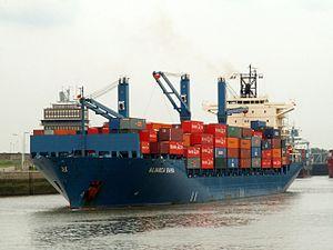 Alianca Bahia - IMO 9251846 - Callsign A8IH2, Port of Antwerp 27-Jul-2005.jpg