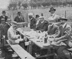 Buenos Aires Midland Railway - Lunch held at Puente Alsina to celebrate the opening of the line to passengers, 1908.