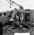 Als gevolg van een foutieve wisselstand botste bij het station Elst de sneltrein, Bestanddeelnr 906-7827.jpg