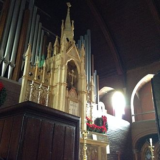 St. Mary's Episcopal Church (Kansas City, Missouri) - View of the altar from the choir stall