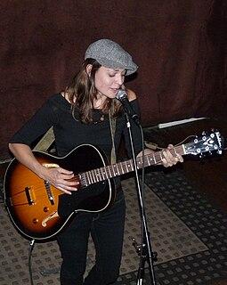 Amber Rubarth American musician and songwriter