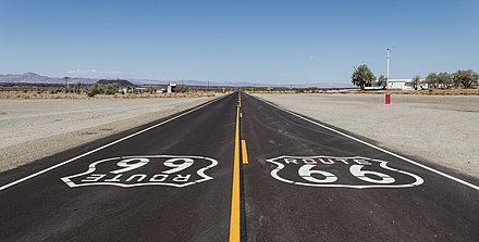 Old Route 66 near Amboy, CA Amboy (California, USA), Hist. Route 66 -- 2012 -- 1.jpg