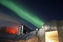 Ανταρκτική-Έρευνα-Amundsen-Scott marsstation ray h edit