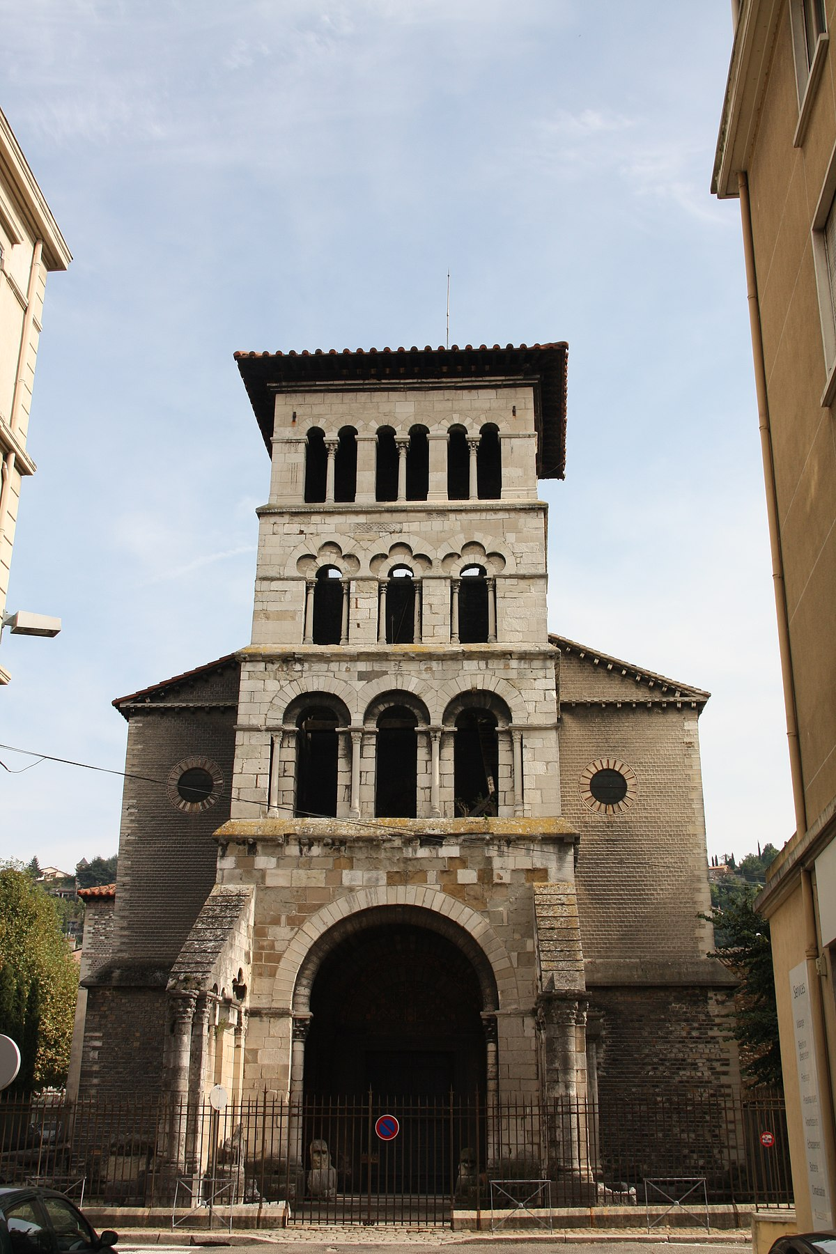 Saint Peters church, Vienne (Isère) - Wikipedia