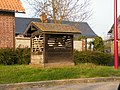 Andainville, Somme, Fr, puits.jpg