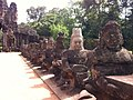 Angkor Thum entrance, statues of Gods - panoramio.jpg