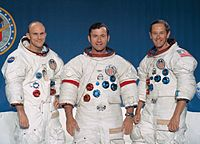 Apollo 16 miehistö: Mattingly, Young ja Duke.