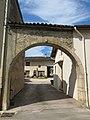 Arche in Lacrost 1.jpg