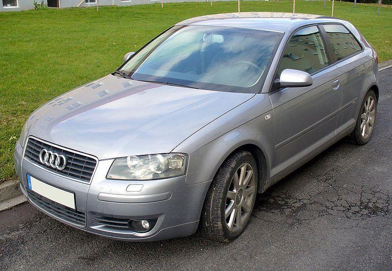 Bild:Audi A3 S-Line silver.JPG