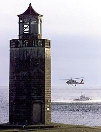 Avery Point Lighthouse 2000.jpg