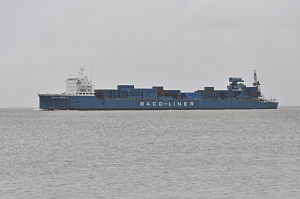Baco-Liner-2 (Ship) 02 by-RaBoe 2012.jpg