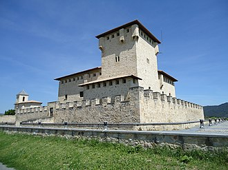 Basque señoríos - Tower-house of Varona, in Álava.