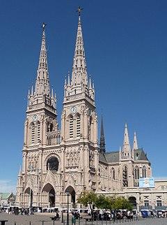 Basílica de Nuestra Señora de Luján - Wikipedia 01383b9a7f7