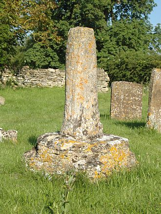 Begbroke - Remains of medieval preaching cross in St Michael's churchyard