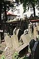 Beit Kevaroth Jewish cemetery Prague Josefov IMG 2789.JPG