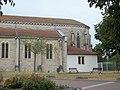Beligneux eglise St Pierre cote abside.jpg