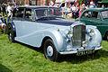 Bentley R-Type (1952) (15886721572).jpg