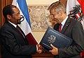 Besuch des Außenministers von Lesotho (8678565376).jpg