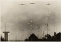 Bezuidenhout, Den Haag, 10 mei 1940, Duitse parachutisten.png