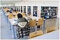 Biblioteca de la F. de Economía y Empresa (Río Ebro).jpg