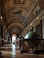 Bibliothèque du château de Fontainebleau.JPG