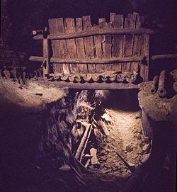 Big bone cave saltpeter vat.jpg
