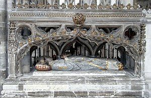 Walter de Stapledon - Monument to Bishop Walter Stapledon, Exeter Cathedral, viewed from within the choir