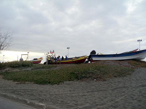 All of the boats in the Pichilemu beach were taken away from it, to prevent their destruction. Boats waiting for transportation to higher ground in Las Terrazas Beach, pictured. Image: Diego Grez.