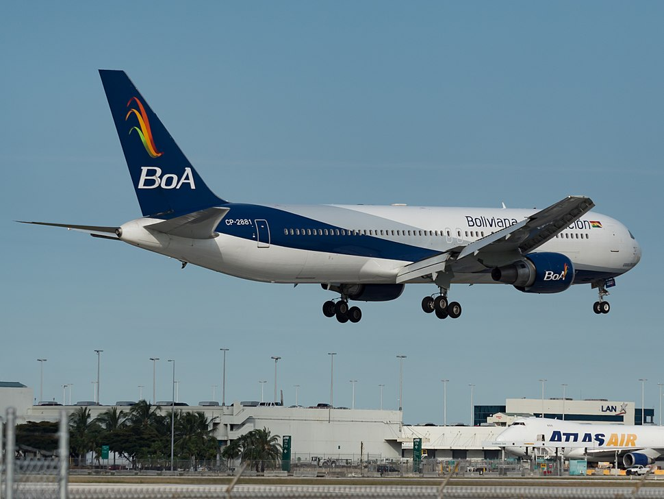 Boliviana de Aviaci%C3%B3n Boeing 767-300ER (CP-2881) at Miami International Airport