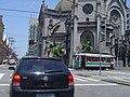 Bonde de Santos em frente à Catedral na Praça José Bonifácio - panoramio.jpg