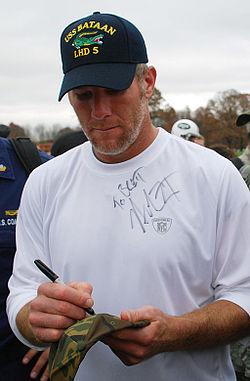 Brett Favre at Florham Park 11-7-08 081107-N-2022D-033 crop.jpg