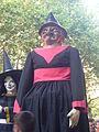Bruixa Úrsula de la colla Pessigolla de Valls - Festa del Camp d'en Grassot.JPG