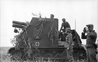 15 cm sIG 33 (Sf) auf Panzerkampfwagen I Ausf B - A sIG 33 (Sf) on a Pz.Kpfw. I chassis in Russia, 1942
