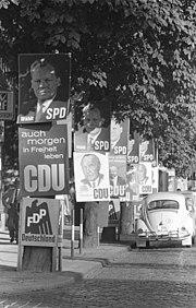 Bundesarchiv Bild 173-0765, Bonn (-), Bundestagswahl, Wahlplakate