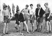 Bundesarchiv Bild 183-39610-0006, Sport-Club Rotation Leipzig, Hockeytraining