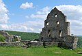 Burg Hohenurach 2012 Mauerreste.jpg