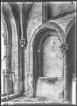 CH-NB - Romainmôtier, Abbatiale, Porche, vue partielle intérieure - Collection Max van Berchem - EAD-7492.tif