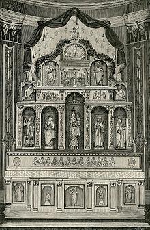 Polittico marmoreo all'interno della chiesa madre San Silvestro Papa