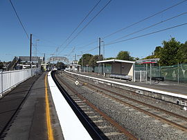 Cannon Hill Railway Station, Queensland, Aug 2012.JPG