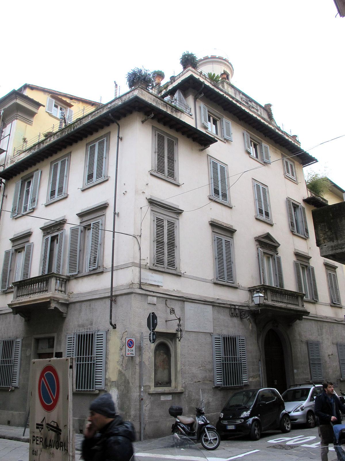 Casa natale di giovanni da verrazzano wikipedia for Piani di una casa bungalow storia