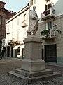 Casale Monferrato-monumento Luigi Canina.jpg