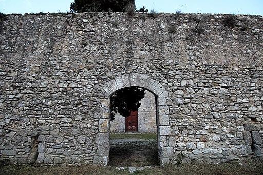 Mura della Pieve dei Santi Maria e Gervasio (Marmoraia)