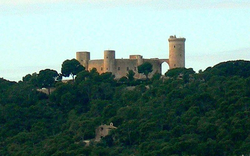Fitxer:Castell de Bellver.jpg