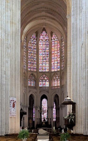 File:Cathédrale de Tours - nef.jpg
