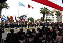 Celebración cívica en la Plaza Mayor de Vista Alegre