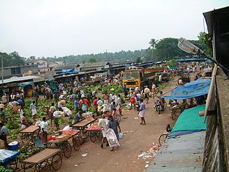 Chalakudy - A morning in Chalakudy market