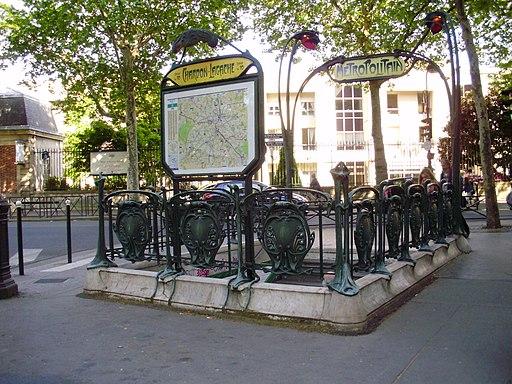 Chardon-Lagache métro 01